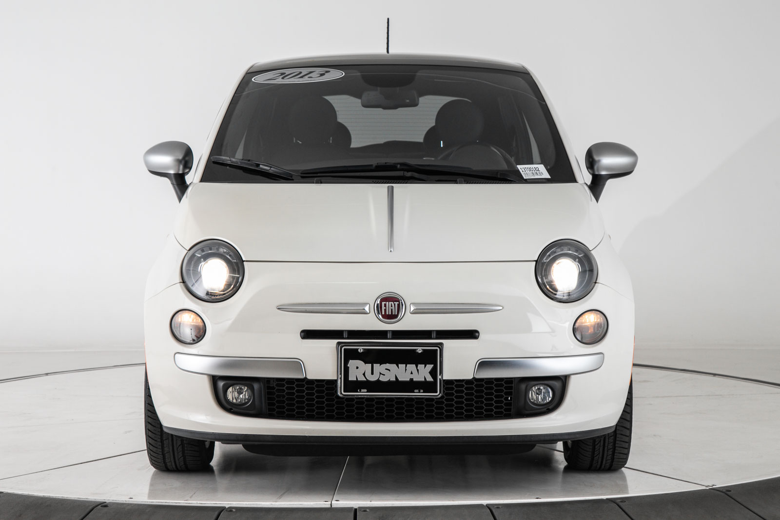 Pre-Owned 2013 FIAT 500 LOUNG